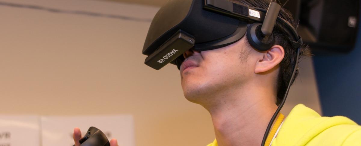 VRのコンテンツと連動して、VRから複数の匂いを出すデバイス「VAQSO VR」を開発するVAQSO Inc.を牽引するディレクション業務
